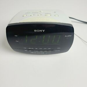 Sony Dream Machine #ICF-C111 FM/AM Clock Radio Black Face on White Tested Works