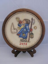 Goebel Hummel Hear Ye, Hear Ye (1972) Annual Plate Bas Relief Framed w/ Box