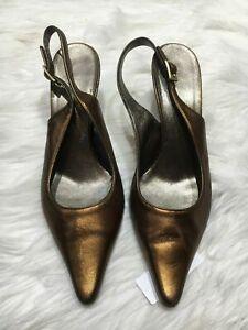 Salvatore Ferragamo women heels size 9.5 brown gold pointed toe slingback b07