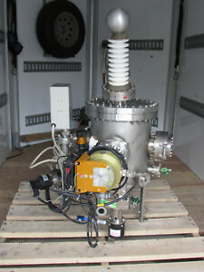 Cylindrical Multi-Port Vacuum Chamber With  Molecular ITE Pump
