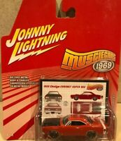 Johnny Lightning Muscle Cars 1969 - Dodge Coronet Super Bee
