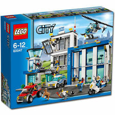 LEGO Polizeistationen mit City-Spielthema