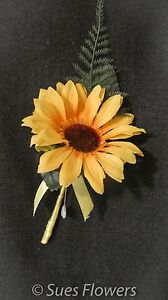 WEDDING FLOWERS SINGLE SUNFLOWER BUTTONHOLES
