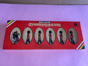 William Britain Metal Toy Soldiers Scots Guards & Piper 5 Figures 7238 Brand New