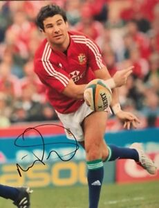 MIKE PHILLIPS - WALES RUGBY LEGEND - BRITISH LIONS - SIGNED AUTOGRAPH 10X8 PHOTO