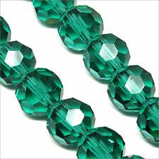 Lot de 10 perles à FACETTES 10mm en Cristal de Bohème Vert Emeraude