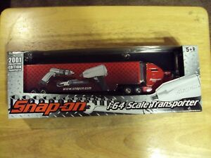2001 Snap on Tools 1/64 scale Transporter New in the box
