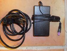 HP 0957-2105/050638-00 32V 1560mA NSW21020 AC POWER ADAPTER