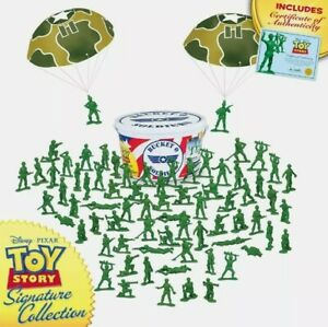 Official Toy Story Signature Collection Bucket O Soldiers Exclusive Brand New!