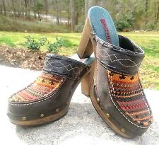 HOT KISS :: Ariel ::  Clogs :: Mule Heel :: Navajo Knit :: Sz 7.5 :: EC