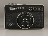 PRL) AGFA AGFAMATIC SENSOR 300 FOTOCAMERA COMPATTA COLOR AGNAR 1:8/44 PARATRONIC