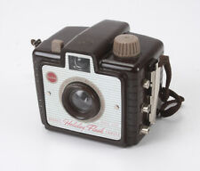 KODAK BROWNIE HOLIDAY FLASH, USES 127 FILM/189719