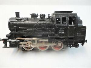 Marklin  Ho 3000.9 tank locomotive rare and fairly   nice!