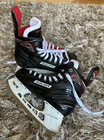 New Bauer Senior Vapor X350 Ice Hockey Skates Black/Red Size 6R (US 7.5)