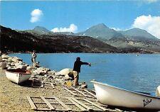 BR16149 Lac des Bouilouses au fond les pics Peric     France