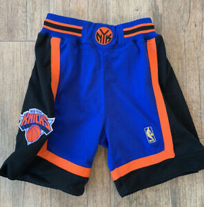 Rare Authentic Mitchell and Ness New York Knicks Shorts Extra Small XS 32 Away
