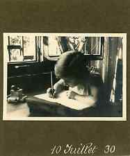 Ecriture, juillet 1930 Vintage albumen print Tirage argentique  6,5x10,5