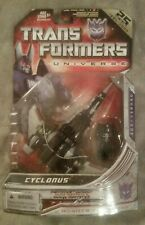 Transformers Universe 25th anniversary edition deluxe class Cyclonus.