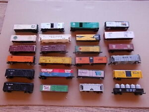 n scale box car lot of 24 Restoration required!