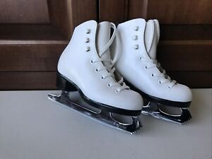 Riedell Youth Girls Size 10 Model 21 Figure Skates Upgraded Wilson Excel Blades