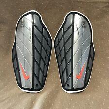 Nike Protegga Pro Soccer Shin Guards Sz L ( 5'7�-5'11�)100% Authentic Sp0315 080