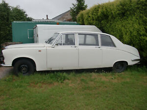 DAIMLER LIMOUSINE DS420 BREAKING FOR SPARES ALL PARTS AVAILABLE
