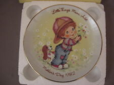 """Avon Mothers Day 5"""" Porcelain Decorative Plate 1982 Presidents Club Luncheon"""
