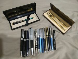 Big Lot of 19 Vintage fountain pen, Ball point Pens.