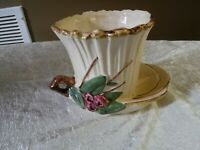 McCoy Planter USA Cup On Saucer With flower