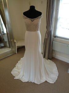 Wedding Dress by Justin Alexander Style 88083