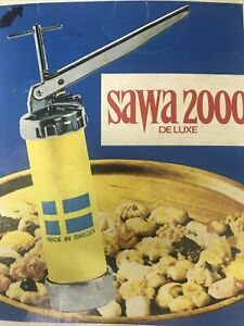 Vintage Sawa 2000 cookie Cutter Press And Icer