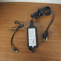 UMEC AC//DC Adapter UP0301A05P 100-240VAC TO 5V DC 6A OL0599