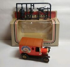 LLEDO DAYS GONE MODEL T FORD WITH FIGURES - OVALTINE - BOXED