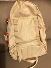 New With Tags The North Face Lineage Cream 20L Vintage Backpack .RRP£90