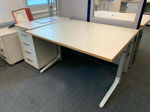 Wini Schreibtisch lichtgrau Bucheumleimer TOP! 120cm breit 90cm tief. höhenv.