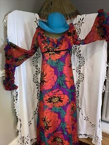 Gorgeous 1970s Vintage Dress The Sleeves Are Amazing Vintage Clothing