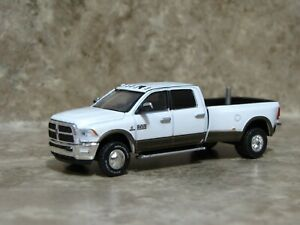 Ertl 1/64 Greenlight White Brown Dodge Ram 3500 Dually Pickup Truck Farm Toy