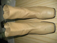 Girl's leather boots size 5L to 6