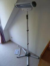 ReeR 2in1 FeelWell Wickeltisch-Wärmestrahler - als Wand- oder Standgerät nutzbar