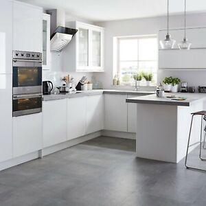 B&Q Santini White Anthracite Cream Gloss 300, 500mm Kitchen Slab Glazed Doors