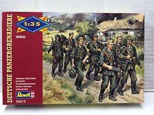 Revell Model Kit di Montaggio 1:35 2612 FANTERIA PESANTE TEDESCA MIB, 2002