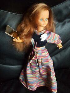 Poupée Bella BELLA  Cathie Cathy - rousse avec robe pochette collier