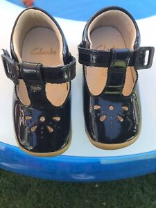 Toddlers Navy Mary Janes  Size 5 H (21xw) From Clarks