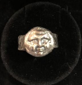 Vintage Collectables Unique Man Portrait Stainless Steel Ring Size 6.5