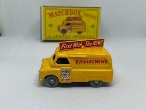 Moko Lesney Matchbox 42a Bedford Van 'Evening News' - Vintage