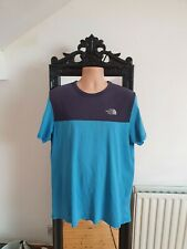 The North Face tshirt size large. Navy/blue