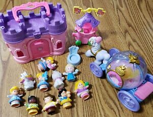 Lot 9 pc FISHER PRICE LITTLE PEOPLE princess figures castle & carriage lights up