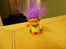 Troll Muñeca Vintage Soma-Superboy sólido con moldeado paños de Pelo Púrpura-mira