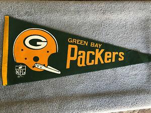 Vintage NFL Green Bay Packers 1967 - Helmet - Felt Pennant Single Bar Floppy