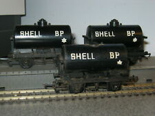 3 Triang OO Gauge R210 Shell BP Tanker Wagons